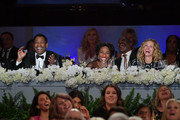 (L-R) Denzel Washington, Pauletta Washington, and Julia Roberts attend the 47th AFI Life Achievement Award honoring Denzel Washington at Dolby Theatre on June 06, 2019 in Hollywood, California. (Photo by Amy Sussman/Getty Images for WarnerMedia) 610507