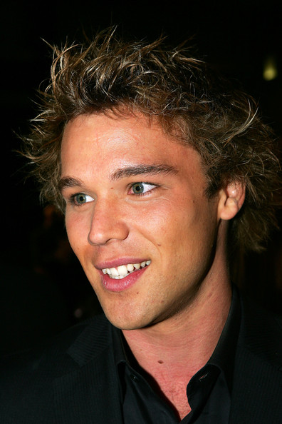 lincoln lewis - photo #14