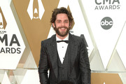 (FOR EDITORIAL USE ONLY) Thomas Rhett and Willa Gray Akins attend the 53rd annual CMA Awards at the Music City Center on November 13, 2019 in Nashville, Tennessee.