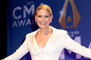 (FOR EDITORIAL USE ONLY) Jennifer Nettles poses in the press room of the 53rd annual CMA Awards at the Bridgestone Arena on November 13, 2019 in Nashville, Tennessee.