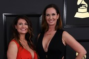 Shauna and Sarah Dodds arrive for the 59th Grammy Awards pre-telecast on February 12, 2017, in Los Angeles, California.  / AFP / Mark RALSTON