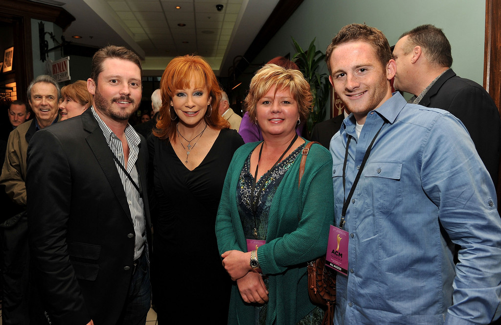 Reba mcentire and shelby mcentire photos photos zimbio for How many kids does reba mcentire have