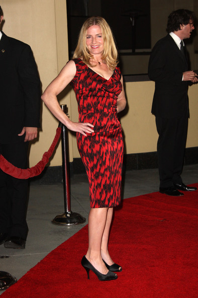 Actress Elisabeth Shue arrives at the 63rd Annual Directors Guild Of America Awards held at the Grand Ballroom at Hollywood & Highland on January 29, 2011 in Hollywood, California.