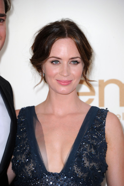 Actress Emily Blunt arrives at the 63rd Annual Primetime Emmy Awards held at Nokia Theatre L.A. LIVE on September 18, 2011 in Los Angeles, California.