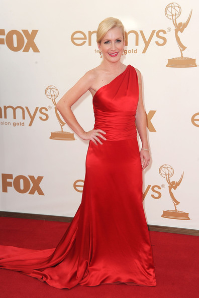 Actress Angela Kinsey arrives at the 63rd Annual Primetime Emmy Awards held at Nokia Theatre L.A. LIVE on September 18, 2011 in Los Angeles, California.
