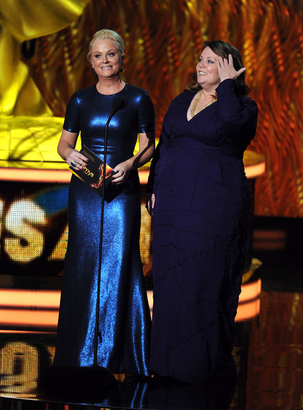 Actresses Amy Poehler (L) and Melissa McCarthy speak onstage during the 63rd Annual Primetime Emmy Awards held at Nokia Theatre L.A. LIVE on September 18, 2011 in Los Angeles, California.