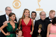 "Actors Ed O'Neill, Sarah Hyland, Aubrey Anderson-Emmons, Sofia Vergara, Jesse Tyler Ferguson and producersl, winners of Outstanding Comedy Series for ""Modern Family,"" pose in the press room during the 65th Annual Primetime Emmy Awards held at Nokia Theatre L.A. Live on September 22, 2013 in Los Angeles, California."