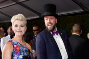 Actor Chris Sullivan (R) and Rachel Reichard attend the 69th Annual Primetime Emmy Awards at Microsoft Theater on September 17, 2017 in Los Angeles, California.
