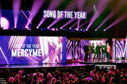 Robby Shaffer, Michael John Scheuchzer, Barry Graul, Bart Millard of MercyMe, actress Sadie Robertson, and Nathan Cochran of MercyMe speak onstage during the 6th Annual KLOVE Fan Awards at The Grand Ole Opry on May 27, 2018 in Nashville, Tennessee.