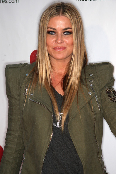 Actress Carmen Electra attends the sixth annual MusiCares benefit concert at Club Nokia on May 7, 2010 in Los Angeles, California.