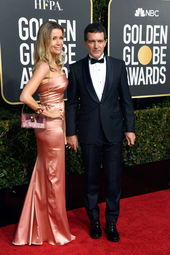 http://www1.pictures.zimbio.com/gi/76th+Annual+Golden+Globe+Awards+Arrivals+WMwUtf28uOKx.jpg