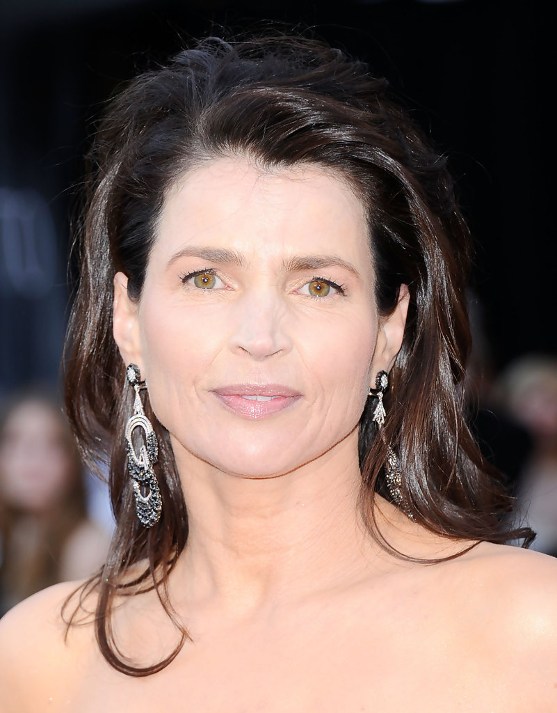 Julia Ormond Height Weight Body Measurements Bra Size Age: Julia Ormond In 83rd Annual Academy Awards