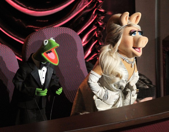 Presenters Kermit the Frog and Miss Piggy speak onstage during the 84th Annual Academy Awards held at the Hollywood & Highland Center on February 26, 2012 in Hollywood, California.