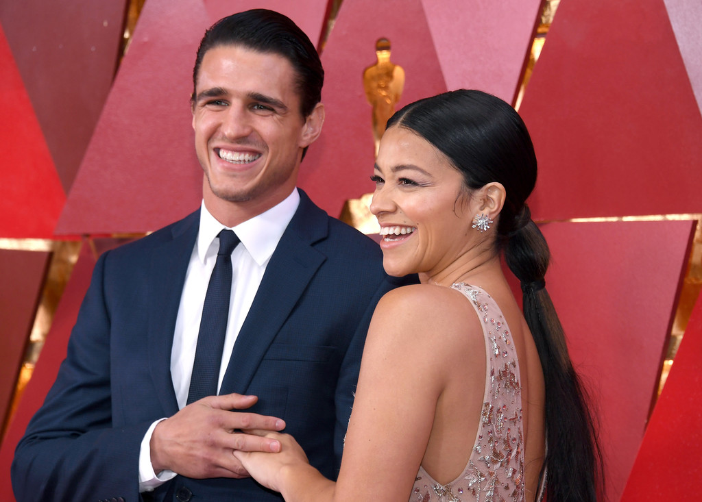 'Jane The Virgin's Gina Rodriguez Is Engaged, And I'm Gonna Cry