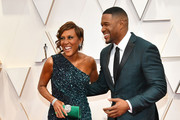 (L-R) Robin Roberts and Michael Strahan attend the 92nd Annual Academy Awards at Hollywood and Highland on February 09, 2020 in Hollywood, California.