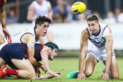 Stephen Hill of the Dockers (R) competes for the ball against Brayshaw of the Demons during the round 16 AFL match between the Melbourne Demons and the Fremantle Dockers at TIO Stadium on July 7, 2018 in Darwin, Australia.