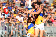 Josh Kennedy and Jack Darling of the Eagles contest a mark during the Round 6 AFL match between the Fremantle Dockers and West Coast Eagles at Optus Stadium on April 29, 2018 in Perth, Australia.