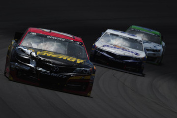 AJ Allmendinger Clint Bowyer Quicken Loans 400