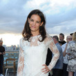 Katie Holmes Gets Invited to the Best Parties