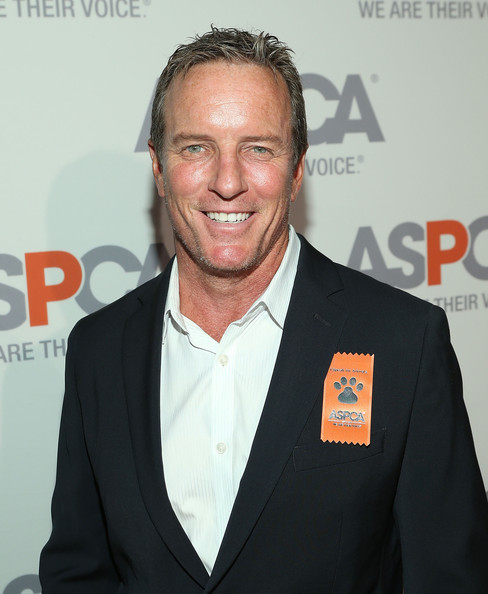 ASPCA Cocktail Event in LA - Zimbio