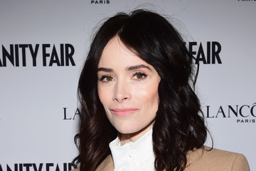 Abigail Spencer Vanity Fair And Lancome Toast To The Hollywood Issue