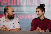 Mary Elizabeth Winstead and Timur Bekmambetov Photos Photo