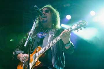 Ace Frehley The Children Matter Benefit Concert Featuring Gene Simmons, Ace Frehley, Don Felder and Cheap Trick