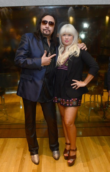 Ace Frehley And Rachael Gorgon Photos Photos Ace Frehley Listening