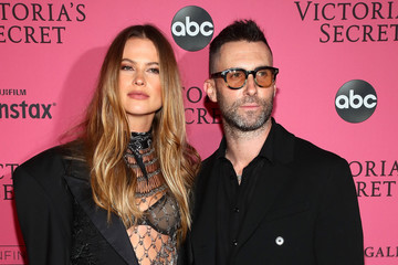 Adam Levine Behati Prinsloo 2018 Victoria's Secret Fashion Show in New York - After Party Arrivals