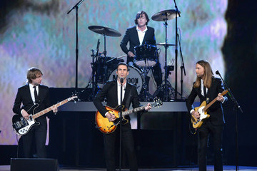 Adam Levine Mickey Madden Performances at 'The Night That Changed America'