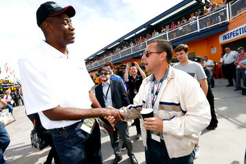 Adam Sandler Mobil 1 with Kevin Harvick and Dikembe Mutumbo