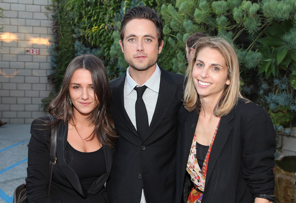 Justin Chatwin with beautiful, Single