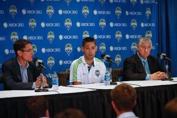 Adrian Hanauer Seattle Sounders Introduce Clint Dempsey