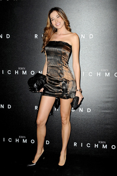aida yespica aida yespica attends the john richmond milan fashion week ...