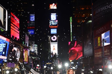 Aino Jawo New Year's Eve Celebrated in Times Square