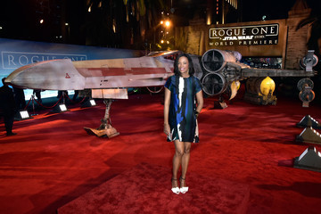 Aisha Tyler The World Premiere of 'Rogue One: A Star Wars Story'