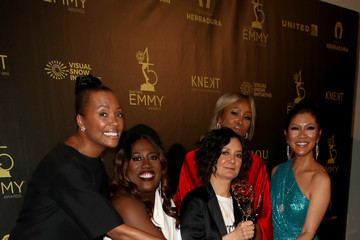 Aisha Tyler Sara Gilbert 45th Annual Daytime Emmy Awards - Press Room
