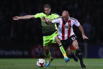 Alan McCormack Brentford v Reading - Sky Bet Championship