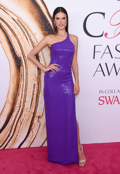 2016 CFDA Fashion Awards - Arrivals [gown,dress,flooring,fashion model,beauty,purple,shoulder,cocktail dress,carpet,formal wear,arrivals,alessandra ambrosio,hammerstein ballroom,new york city,cfda fashion awards]