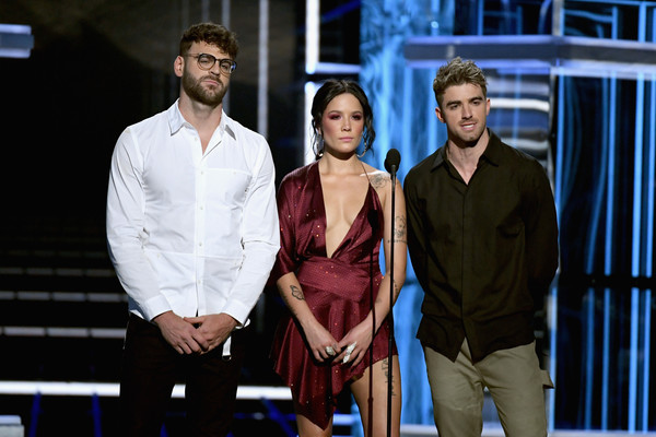 2018 Billboard Music Awards - Show [fashion,performance,event,heater,fashion design,performing arts,drama,stage,scene,dress,artists,alex pall,halsey,r,andrew taggart,billboard music awards,c,l,the chainsmokers,show]