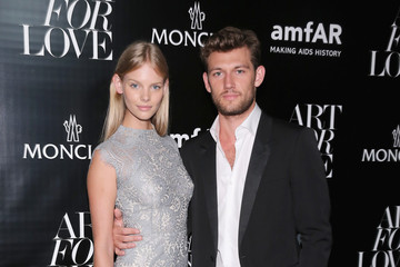 Alex Pettyfer  Marloes Horst Remo Ruffini, Moncler Chairman And Kevin Robert Frost, amFAR CEO Host Private Viewing And Dinner For Art For Love: 32 Photographers Interpret The Iconic Moncler Maya Jacket - Inside