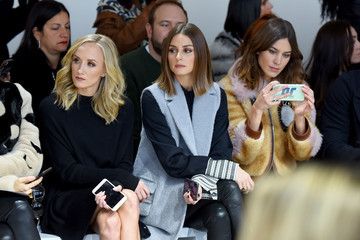 Alexa Chung Noon by Noor - Front Row - February 2018 - New York Fashion Week: The Shows