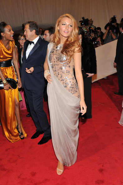 """Actress Blake Lively attends the """"Alexander McQueen: Savage Beauty"""" Costume Institute Gala at The Metropolitan Museum of Art on May 2, 2011 in New York City."""