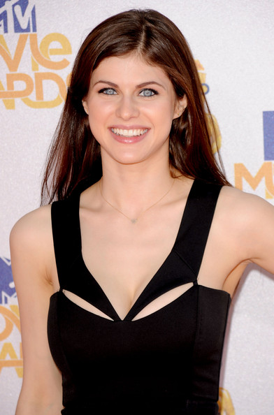 Alexandra Daddario Photos Photos - 2010 MTV Movie Awards ...