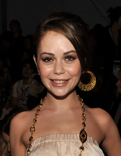 Taylor, Alexis (V) Bio... Alexis Neiers And Tess Taylor 2014