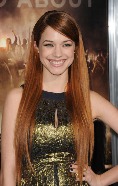 case lee v knapp Alexis knapp, actress: pitch perfect alexis merizalde knapp hails from allegheny in pennsylvania she worked as a model before breaking into acting, starting with small roles in couples retreat (2009) and percy jackson & the olympians: the lightning thief (2010.