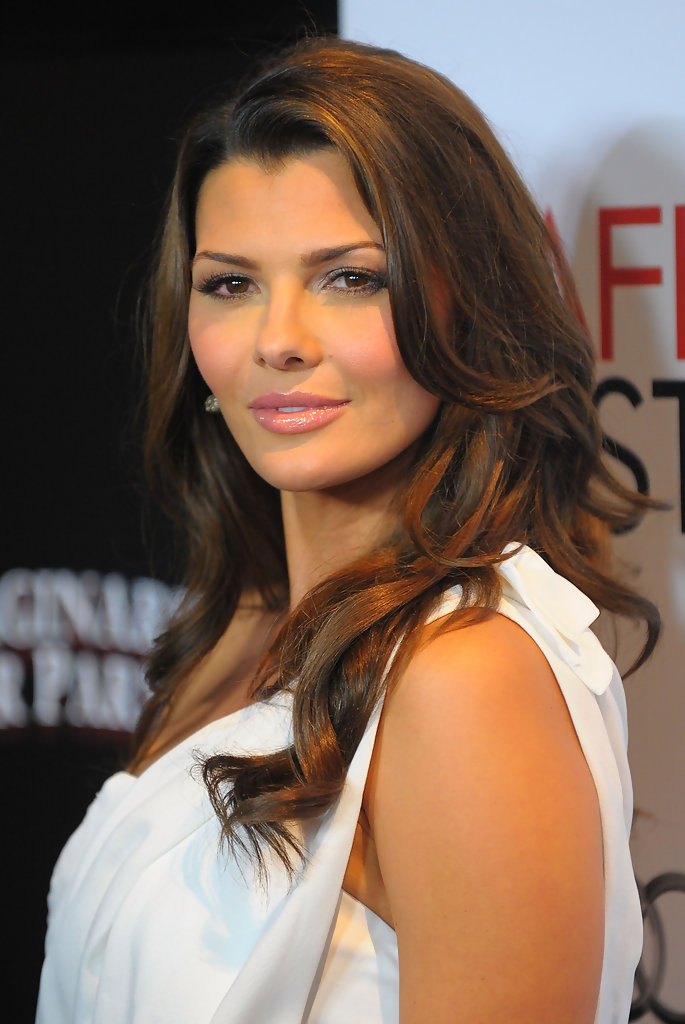 ali landry, miss usa 1996. - Página 2 Ali+Landry+AFI+FEST+2009+Screening+Imaginarium+2Few3biMn4Bx