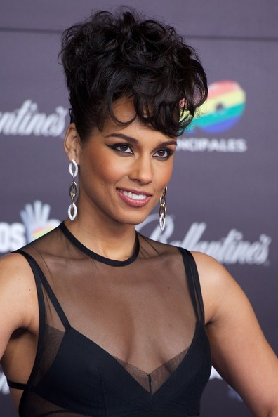 "Alicia Keys Alicia Keys attends ""40 Principales Awards"" 2012 photocall at Palacio de los Deportes on January 24, 2013 in Madrid, Spain."