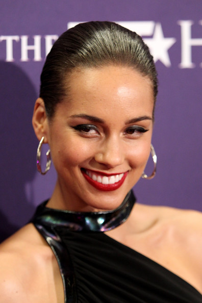 -in-this-photo-alicia-keys-alicia-keys-attends-bet-honors-201