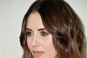 Alison Brie Women In Film 2018 Crystal + Lucy Awards Presented By Max Mara And Lancome - Arrivals